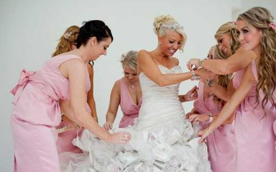 4 Tips on Choosing Your Wedding Color