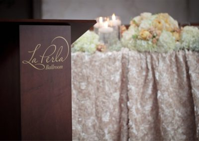 la-perla-ballroom-stand