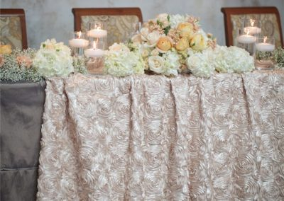 beautiful-table-with-candles-and-flowers