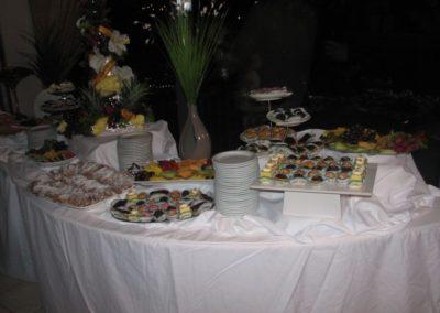 food-table-2