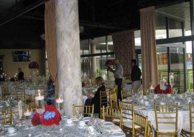 table-arrangements-in-a-ballroom-hall