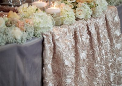 table-arrangements-with-flowers