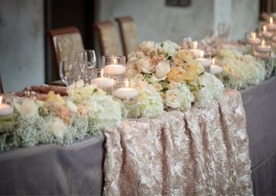 tables-with-flowers-decorations-ballroom-hallway-2